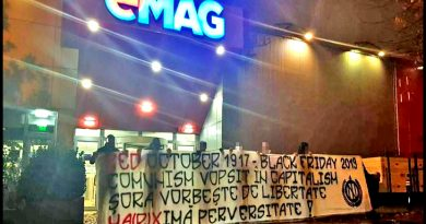 PROTEST NATIONALIST in fata la Emag de Black Friday