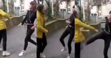 Scene șocante! Elevă filmată în timp ce este bătută și scuipată de o colegă / VIDEO